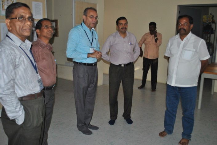 Mr.Hegde explaining to the guests the facilities for training.